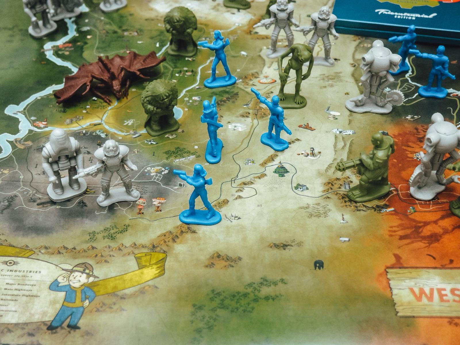 Mit den Sammelfiguren der Fallout 76 Power Armor Edition kann man die Position auf der Karte markieren.