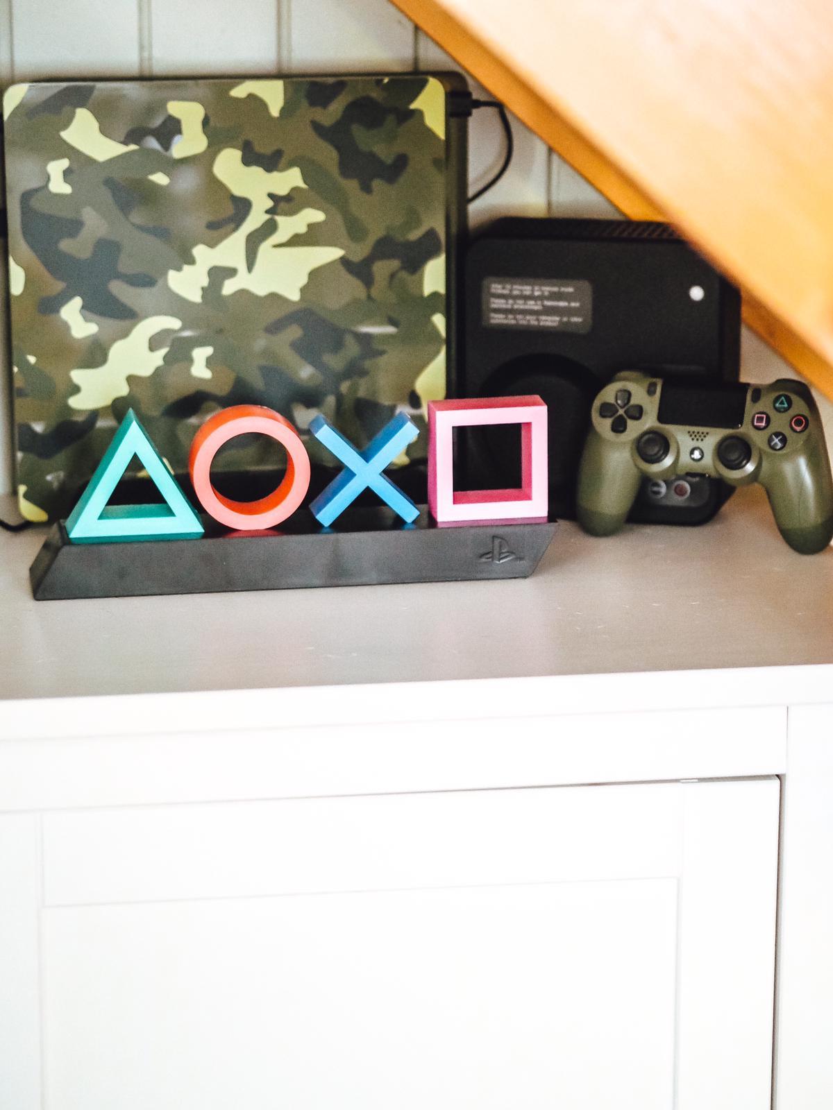 Playstation Icons Tischleuchte von Radbag
